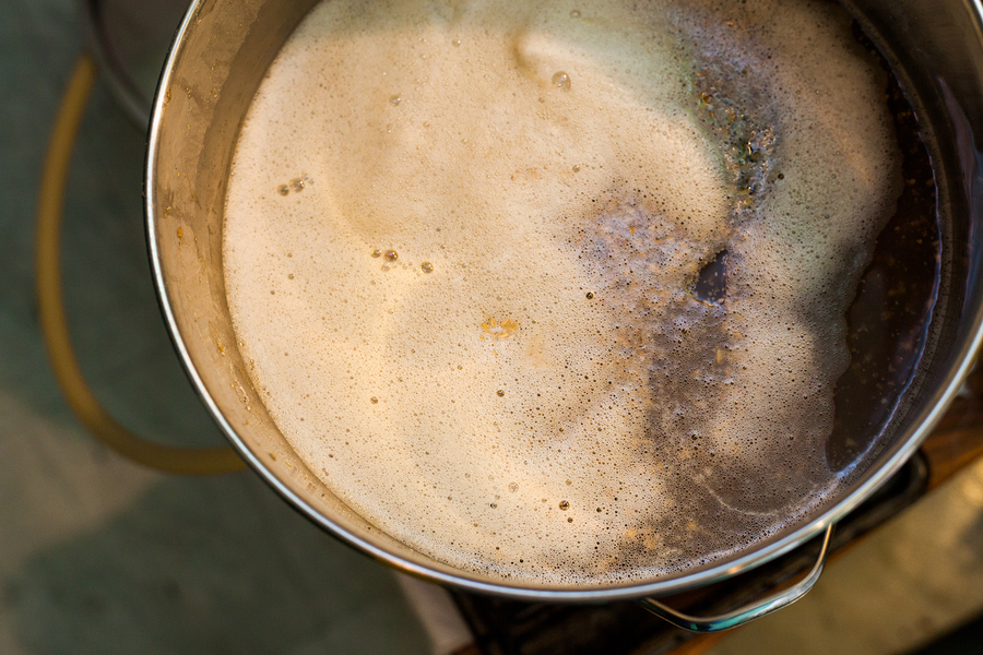 Froth of Home-Brew Mash in a Stock Pot While Sparging the water to Drain the Sugar