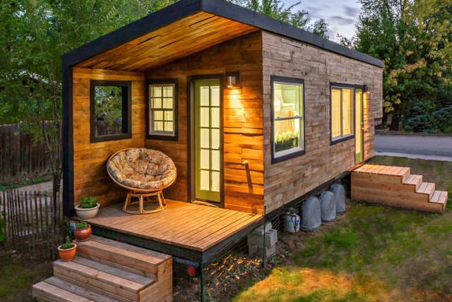 tiny home living in Texas