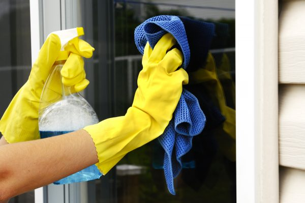 Help Your Home Sell clean windows