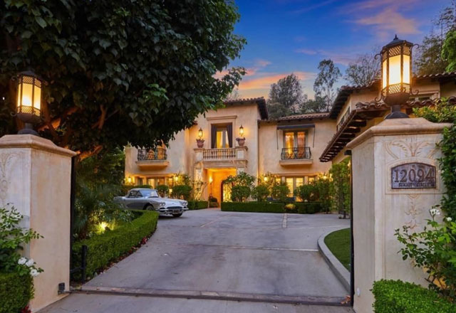 Britney Spears Used to Live in This Beverly Hills Mansion