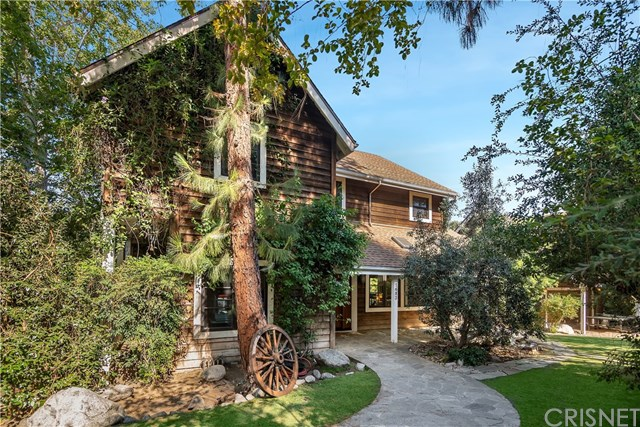 dwight from the office rainn wilson sells agoura hills california home