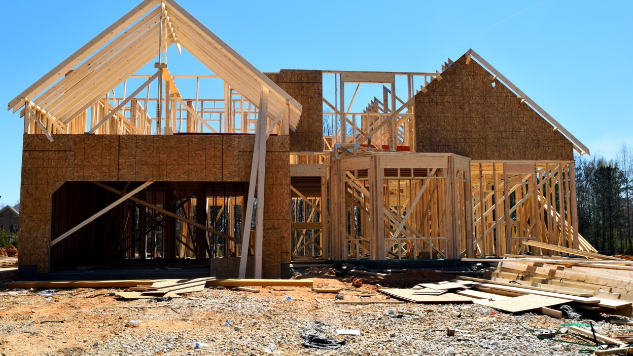 new home construction pros and cons building a home